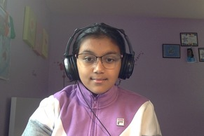 sharanyaphoto-headphones