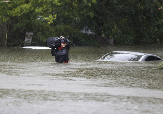 HARVEY-Car-FLOODhouston-floods
