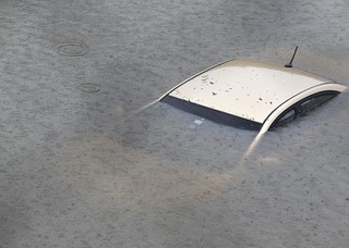 HURRICANE  HARVEY-Car under water